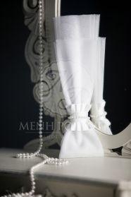 Μένη Ρογκότη - Μπομπονιέρα γάμου τούλινη με πέρλες