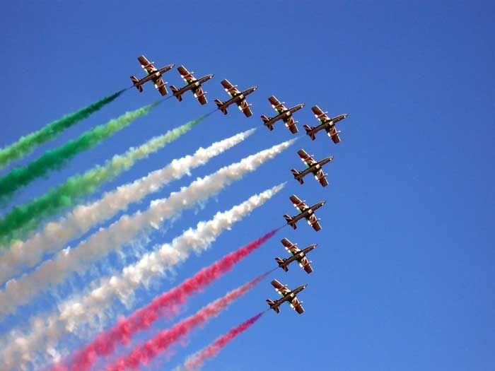 What's On in Italy - April 2014--Liberation Day celebrations, and Natale di Roma--Rome's birthday party, Notte Bianca in Venice at the end of the month. And more! 800-559-8747