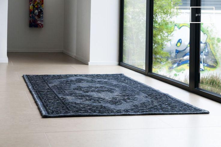 Questo tappeto, realizzato in lana, porta con sè un look vissuto. Il tappeto Wexford è un elemento di arredo anche molto confortevole.
