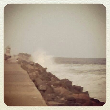 Breakwall!