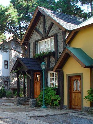 Cabañas Carilo Villa Alpina. Buenos Aires