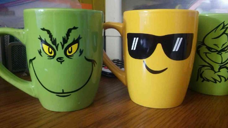 Personalized EMOJI and Grinch face cups - FREE NAME added on back by ScarftasticCreations on Etsy
