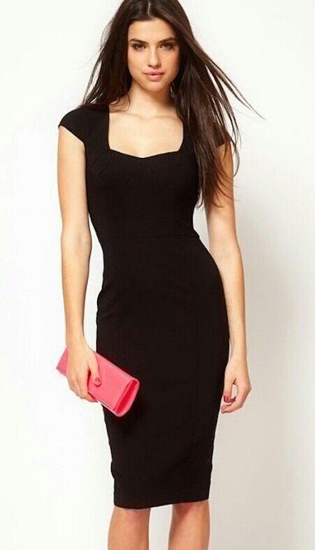 Vestido preto básico.: