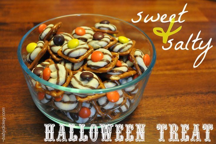halloween treat with pretzels, Hershey kisses and m