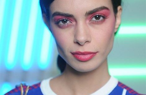 Kiko Milano festeggia 20 anni con sette capsule collection di make up   - VanityFair.it  http://www.vanityfair.it/beauty/news/17/02/08/kiko-anniversario-capsule-collection-vogue-talents