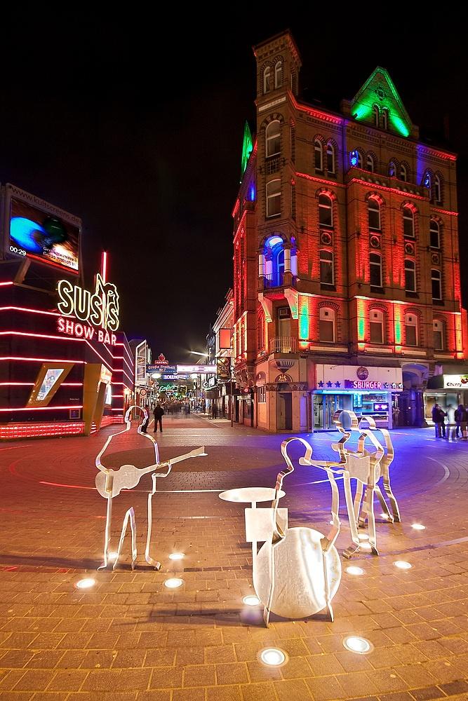 Reeperbahn and Beatlesplatz (Beatles Square) in Hamburg, Germany