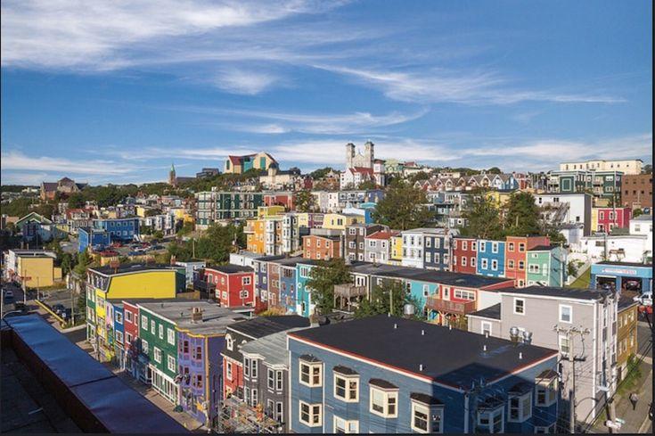 Laissez-vous charmer par la petite ville de St-John's à Terre-Neuve dans les Maritimes