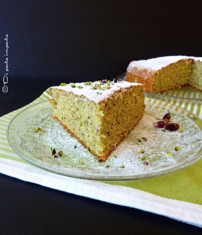 Di pasta impasta: Torta di farro allo yogurt e pistacchi