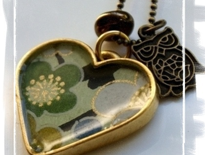 Green Chiyogami & gold resin heart  http://felt.co.nz/listing/141237/Green-Chiyogami--and--gold-resin-heart