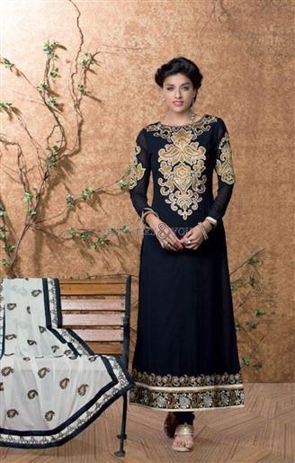 Latest designer pakistani salwar suits with parallel shape kameez Visit: http://www.designersandyou.com/dresses/pakistani-dresses #Pakistani Trends #Style #Fashion #Modern #GoodCollection #Embroidered #Party #Beauty #Gorgeous  #Trending Now #FashionOfPakistani
