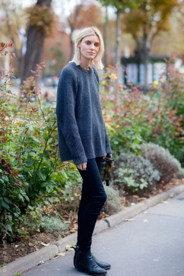 Black skinny jeans and ankle boots, drapey sweater, bedhead