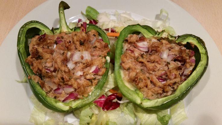 Koolhydraatarme+gevulde+paprika+met+tonijn+en+rode+ui