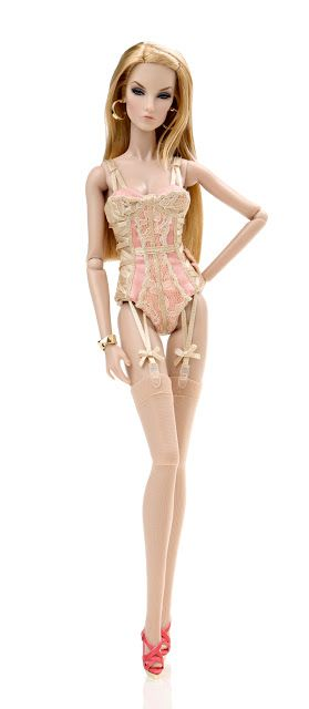The Fashion Doll Chronicles: Integrity Toys Summer 2016 reveal: Fashion Royalty…