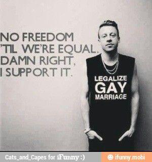 johnny depp is gay
