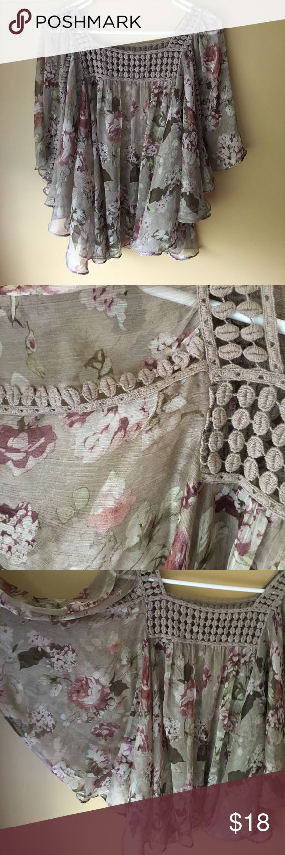 Gorgeous Sheer flowy floral top Beautiful top! Size small but could probably also fit a medium. This top is SHEER! Square crochet neckline. Batwing type sleeves Tops Blouses