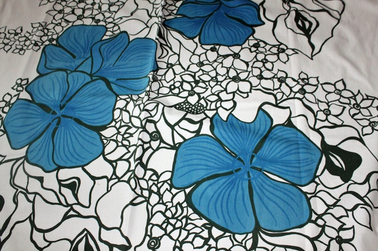 Finnish vintage cotton or curtain Elle by Marjatta Metsovaara. $21.00, via Etsy.