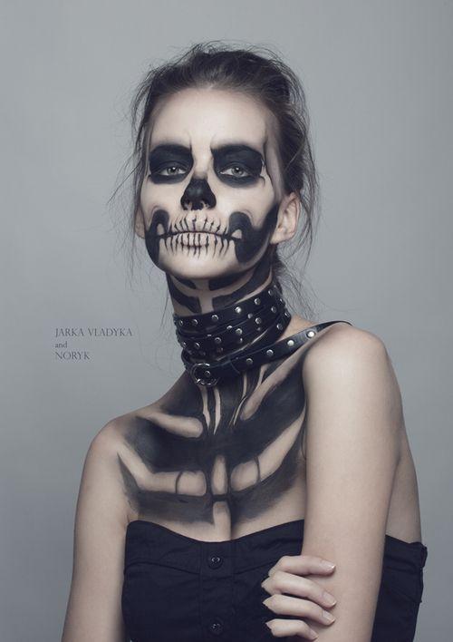 Zombie body painting