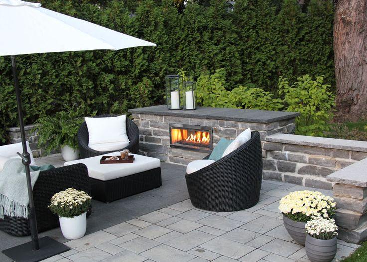 Aménagement de jardin avec un coin de repos moderne Foyer