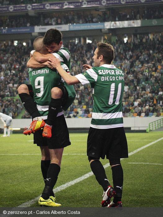 A bola  saiu teleguiada do pé de André Martins, e Slimani cabeceou fulminantemente para dentro da baliza do FCPorto. Grande golo, e mais uma boa vitória. Parabéns