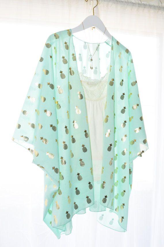 Best 25  Kimono cardigan outfit ideas on Pinterest | Kimono ...