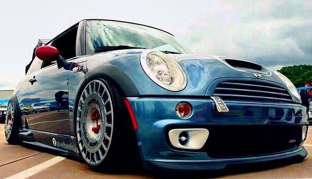 Mini Cooper S, looks nice on OZ racing wheels.