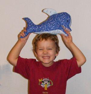 Delfin, gyerek játék varrás (ingyen szabásmintával) gyerek játék plüss szabásminta
