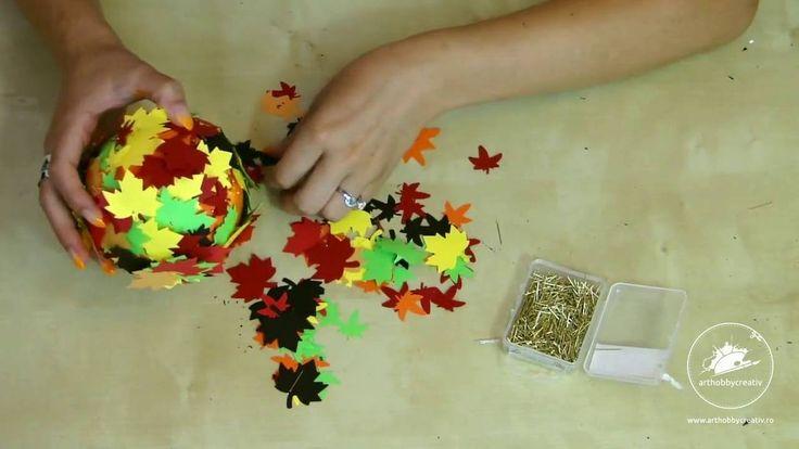Copacel in ghiveci in culorile toamnei