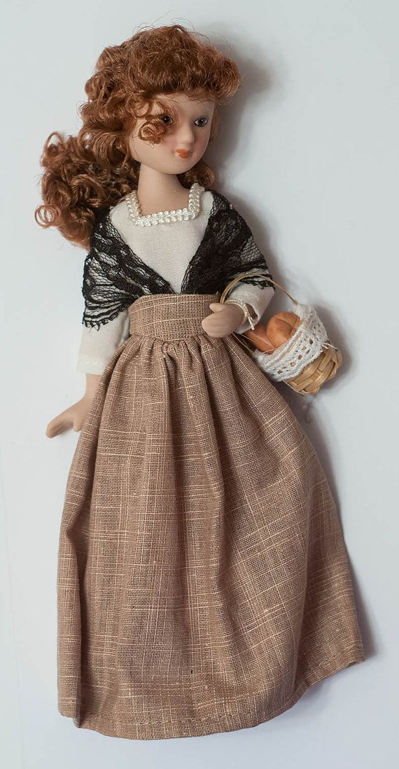"Porcelain doll 7.5"". Fortunata by Perez Galdos. Ladies Epoch. Collection"