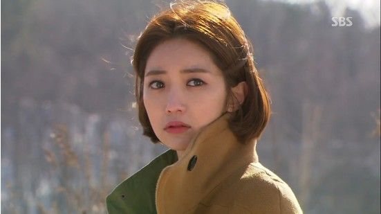 Seok Soo Jung in 'Queen of Ambition' Episode 12: Camel Coat Coordination