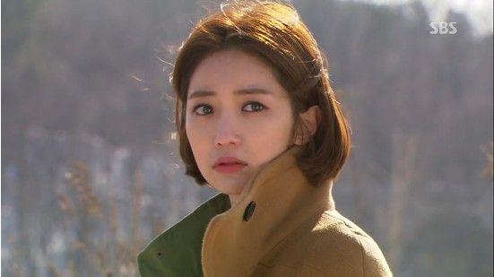 Seok Soo Jung in 'Queen of Ambition' Episode 12: Camel Coat Coordination