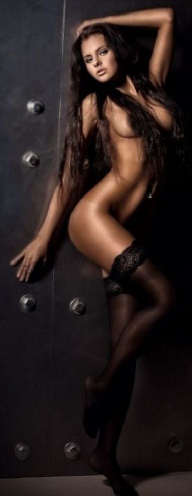 hot naked seductive women
