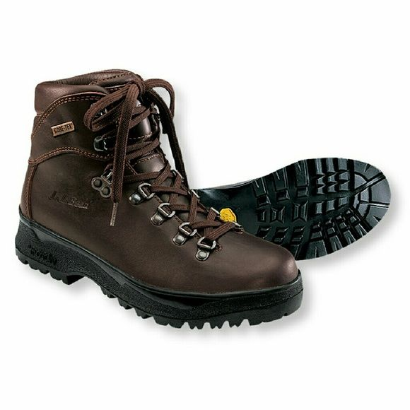 Brown Leather gore tex boots These boots are in excellent condition.  All leather.  Waterproof, breathable Gore-Tex lining keeps your feet dry and comfortable.  Great for hiking or just being out in the snow or rain. They will last for many many years! LL Bean Shoes Winter & Rain Boots