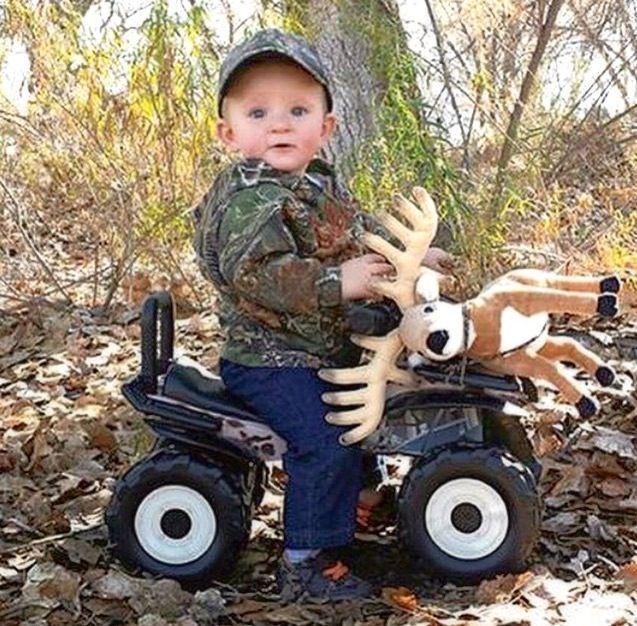 Good'ol country boy..adorable:)