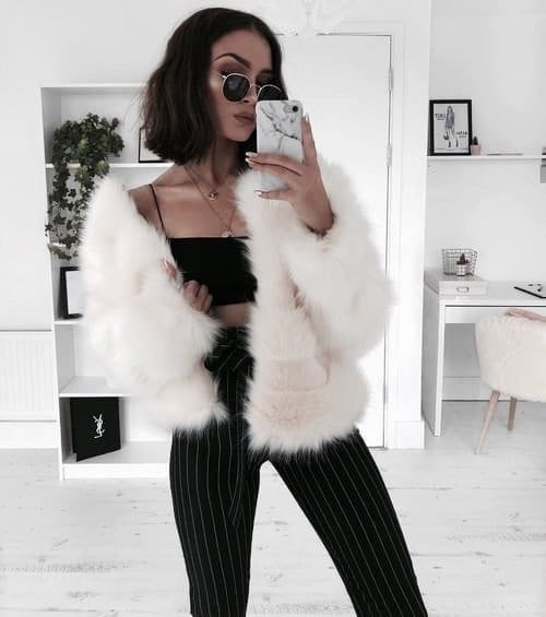 Discovered by Vogue. Find images and videos about girl, fashion and indie on We Heart It - the app to get lost in what you love.