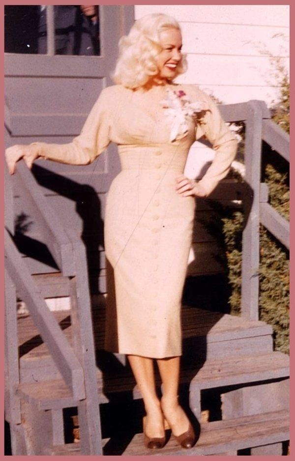 Mamie Van Doren of course!  Love the outfit.