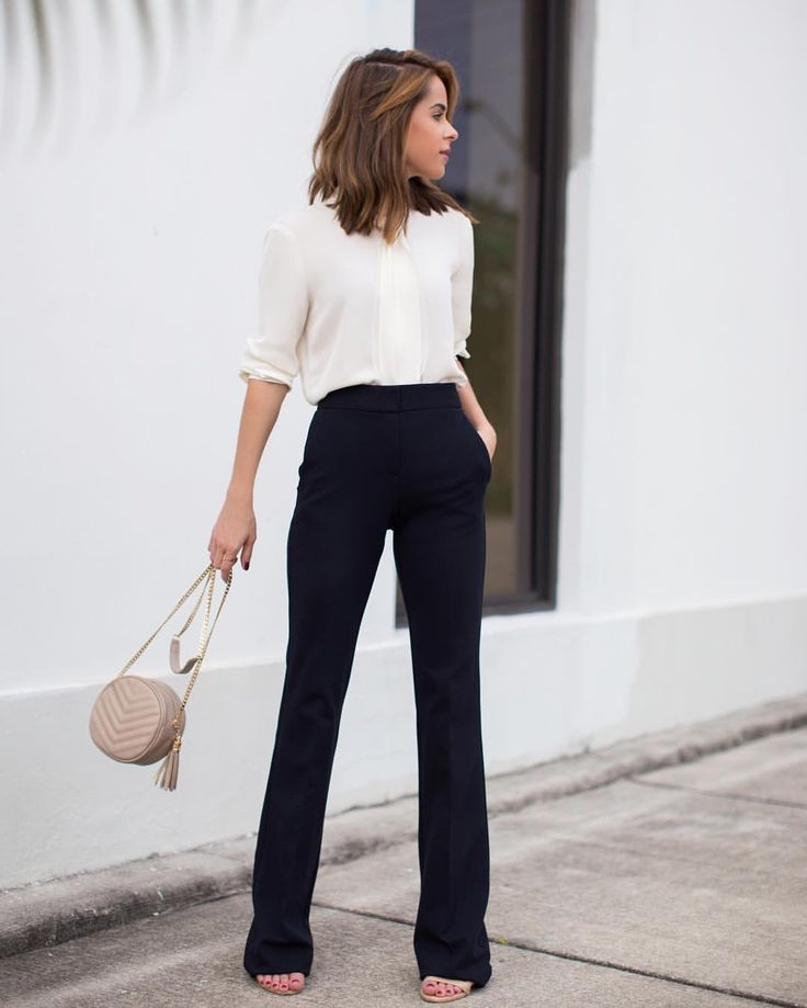 Once you build a work wardrobe base with classics you can wear for years to come, you will save time, money, and stress. @jacquelinedemarco shares the must-have classics for the professional wardrobe on theeverygirl.com (link in profile) || photo via @thestylebungalow