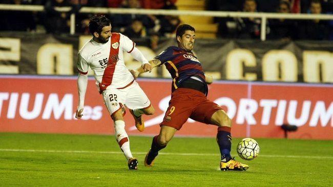 Urugwajczyk trochę zabawił się przed meczem Rayo Vallecano vs FC Barcelona • Niesamowite przyjęcia piłki Luisa Suareza • Zobacz >> #suarez #barca #barcelona #fcbarcelona #football #soccer #sports #pilkanozna
