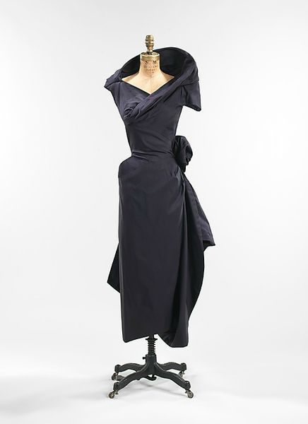 Charles James (American, born Great Britain, 1906–1978), Cocktail dress, 1952, silk. Brooklyn Museum Costume Collection at The Metropolitan Museum of Art, Gift of the Brooklyn Museum, 2009; Gift of Muriel Bultman Francis, 1966.