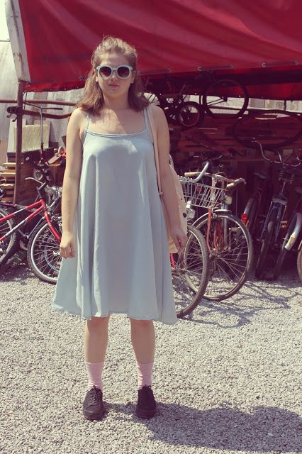 simple sewn dress.. flea market  trip