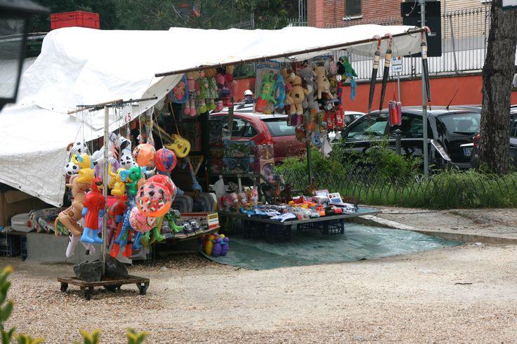 #StreetVendor #GianicoloHill #Roma