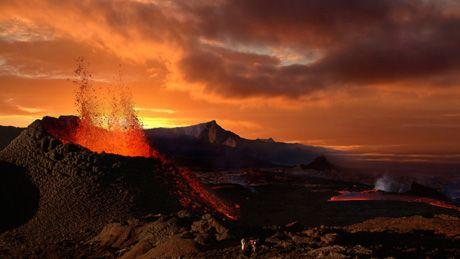Volcanoes - ABC Splash