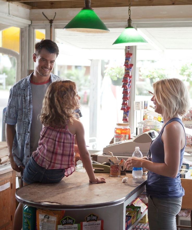 On the Set: In 'Safe Haven,' romance isn't a four-letter word