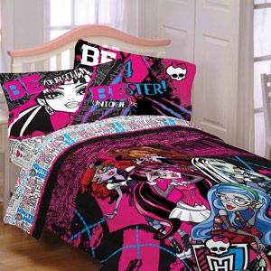 Monster High Ghoulie Gang Reversible Comforter; Annelise Wants This In Her  Bedroom