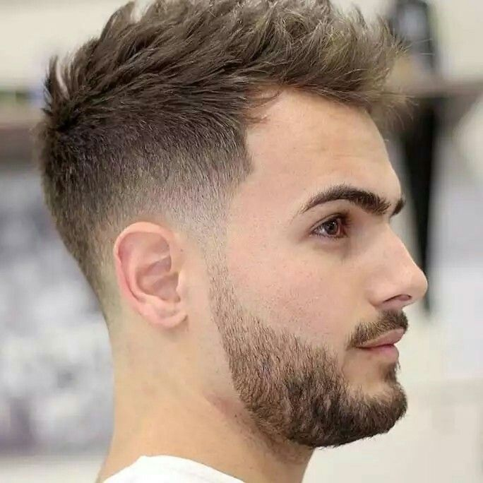 Fabuleux Oltre 25 fantastiche idee su Taglio capelli uomo corti ai lati  FT04
