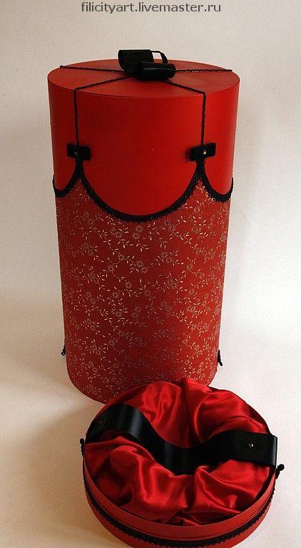 Купить Подарочная коробка - красная - подарочная упаковка, коробка для куклы, дизайнерская упаковка, для праздника, фиолетовый