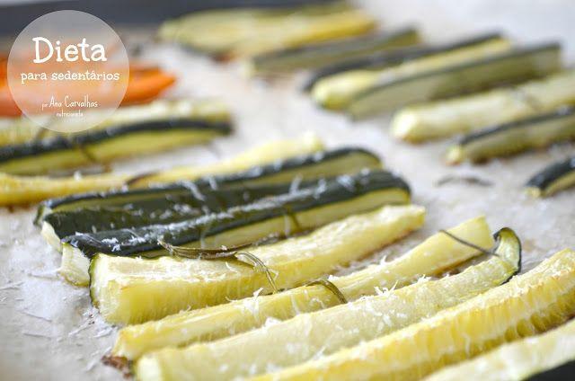 Comer bem até aos 100...: CURGETE NO FORNO COM PARMESÃO