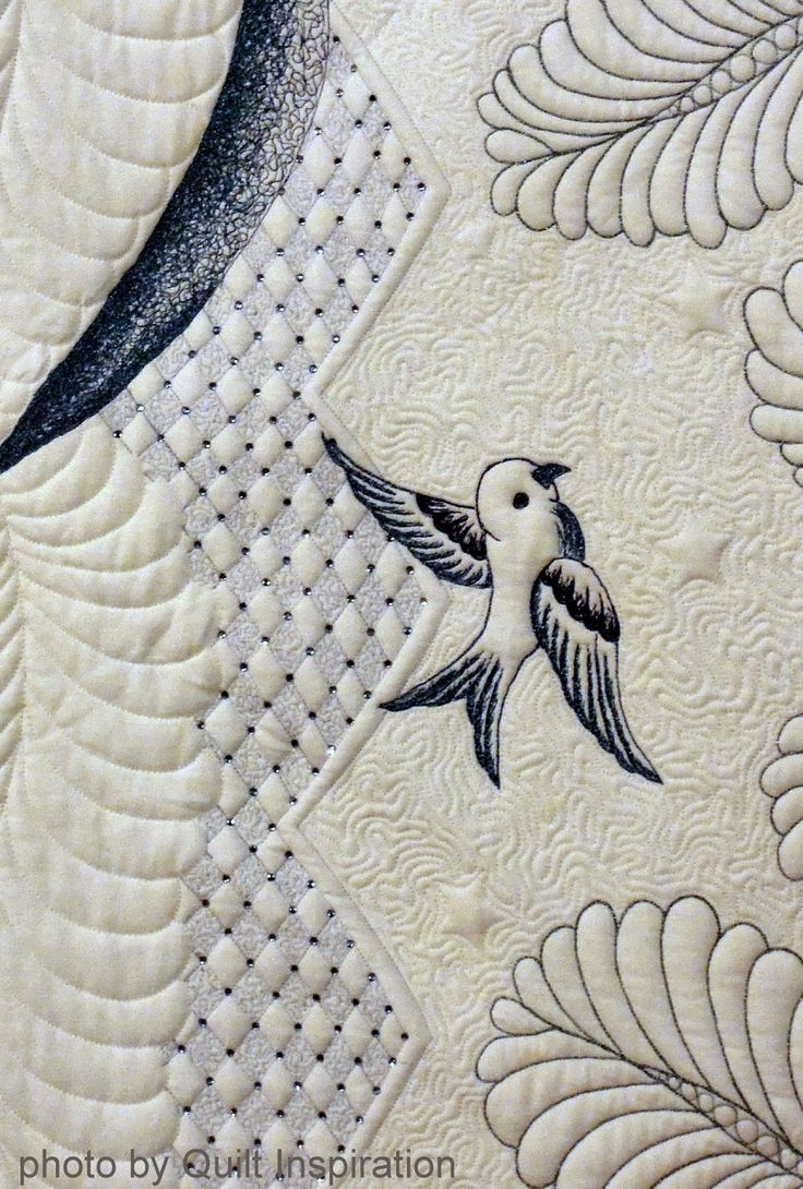"""close up, """"Bella Be Blue"""" by Rebecca Stewart-Bartell, Australia. Photo by Quilt Inspiration"""