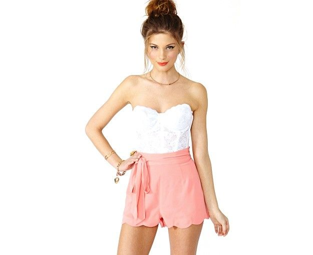 Nasty Gal Pixie Scalloped Shorts