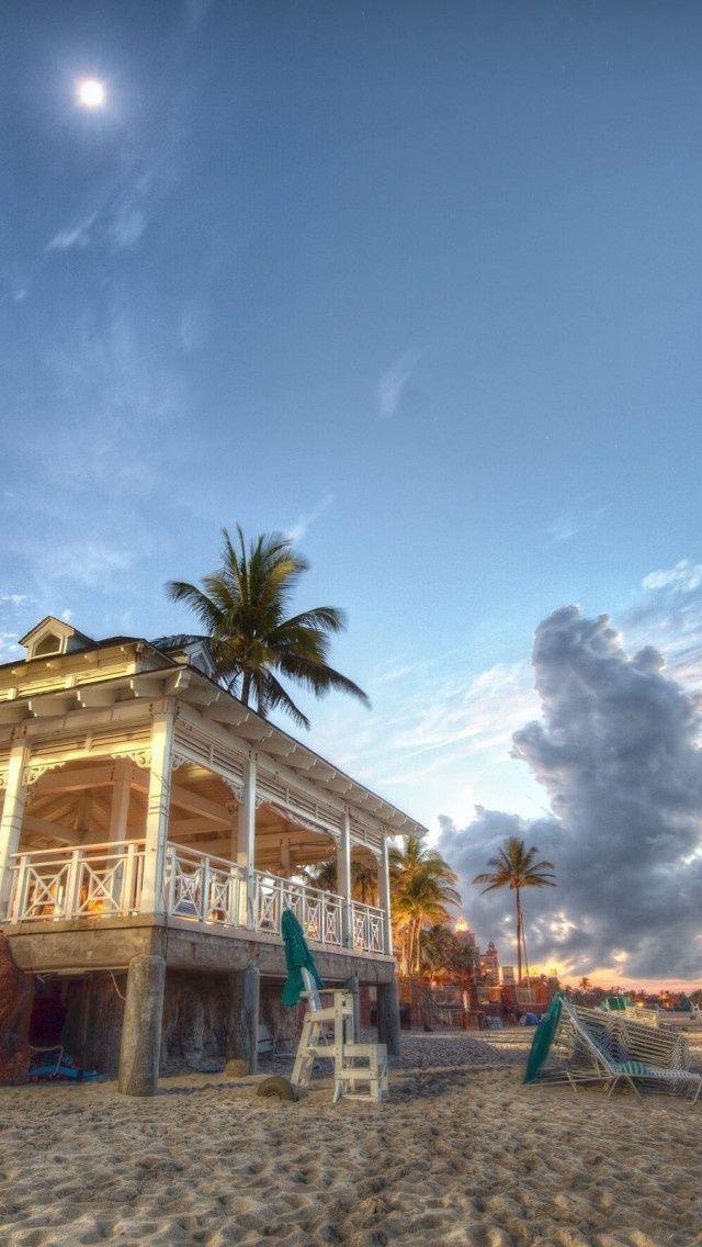 (via Beach House, Nassau, Bahamas | Cool Places)