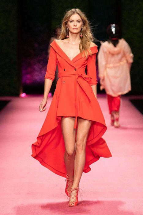 aa8a5ca3459591 Elisabetta Franchi, Primavera/Estate 2019, Milano, Womenswear ...